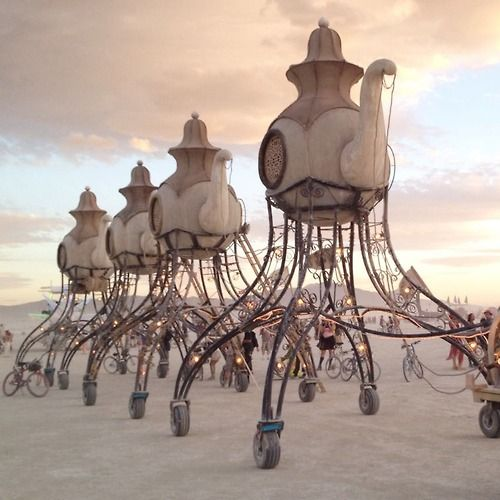 One of the coolest art cars of Burning Man 2014