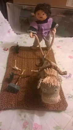 contadino con aratro