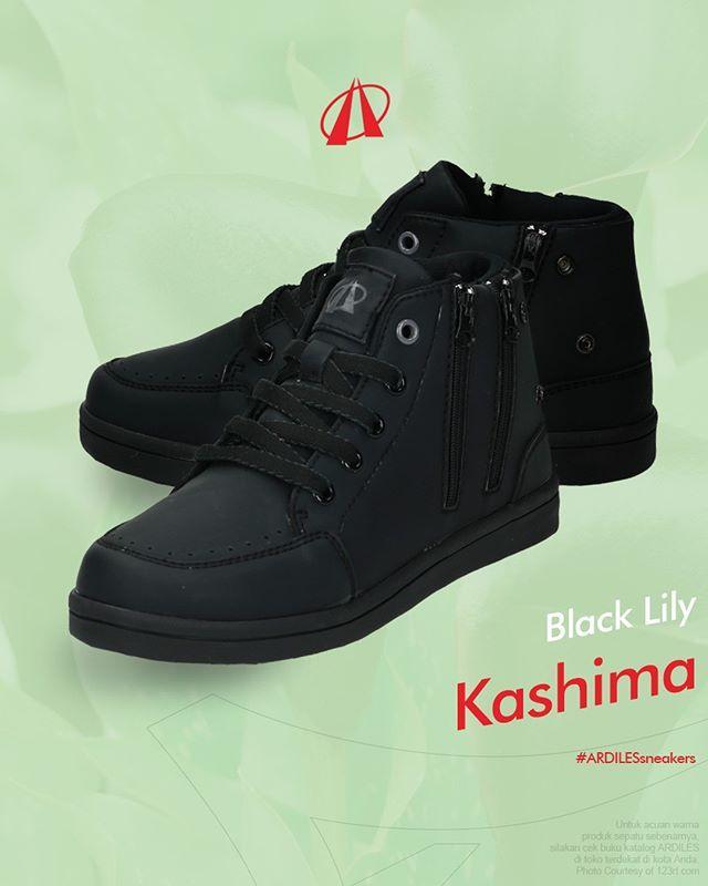 Black Lily Ardiles Sneakers Lovers Ucapkan Selamat Datang Pada