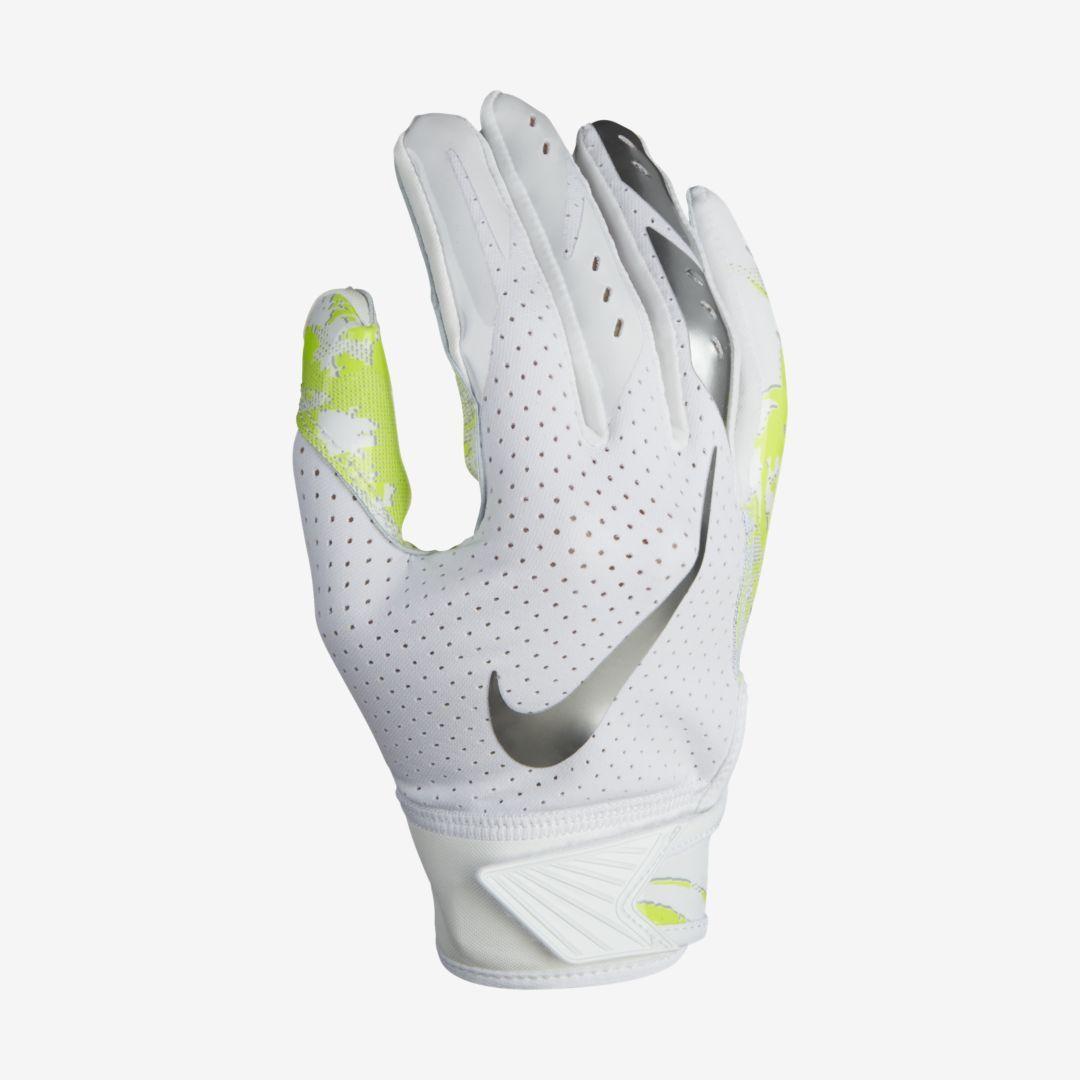 Nike Vapor Jet 5 0 Kids Football Gloves Nike Com Football Gloves Football Kids Nike Vapor