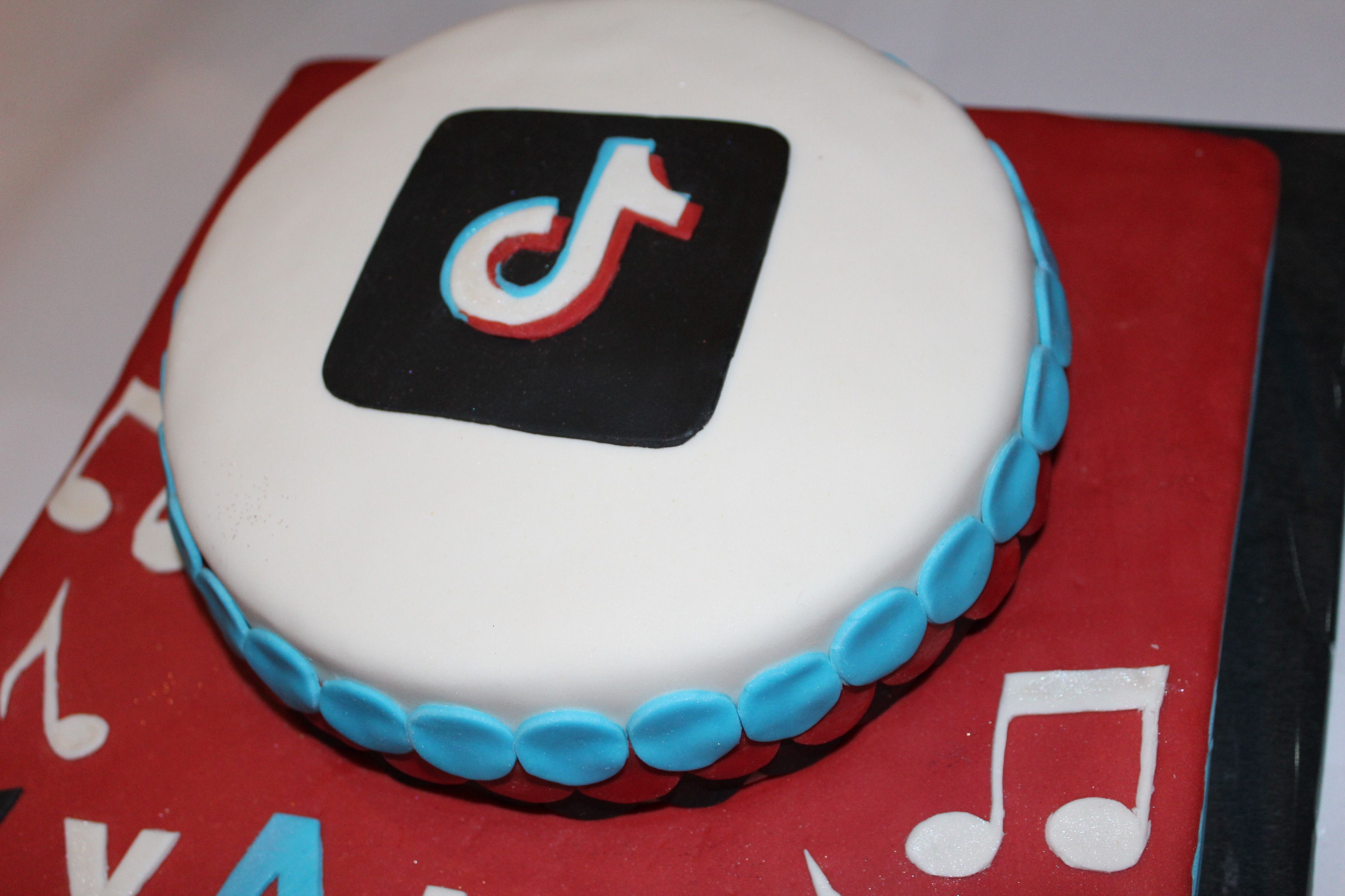 Tiktok Cake 2 Royal Icing Cookies Cake Cookie Inspiration