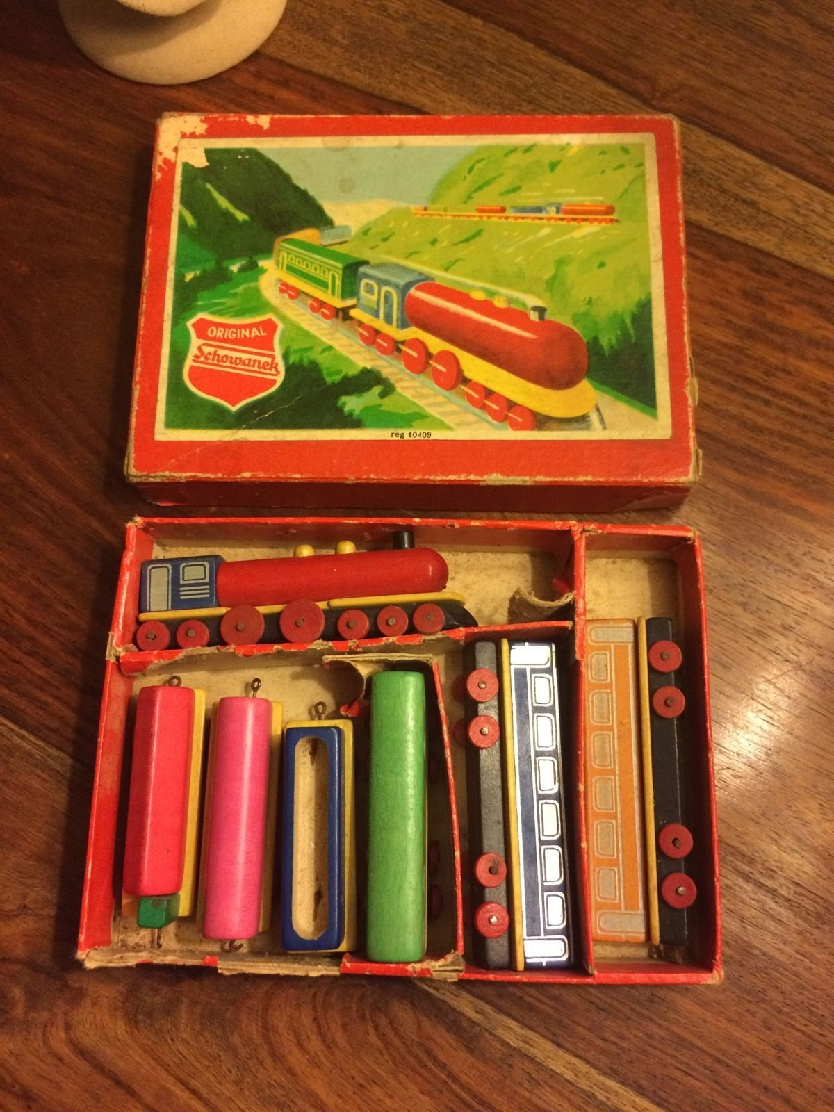 Vintage Schowanek German Wooden Toy Train Set In Box Reg