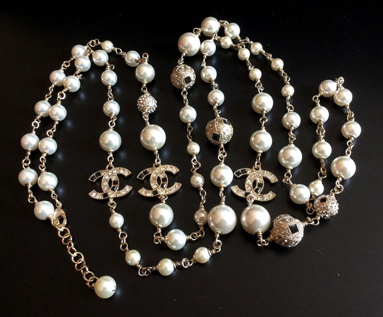 super rare chanel pearl necklace black white crystal cc. Black Bedroom Furniture Sets. Home Design Ideas