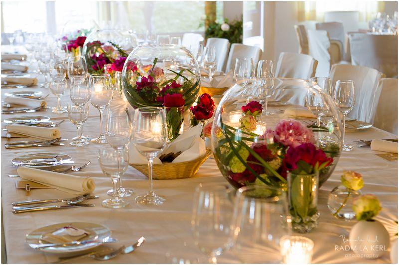Rose in Runder Vase  Parties  Wedding