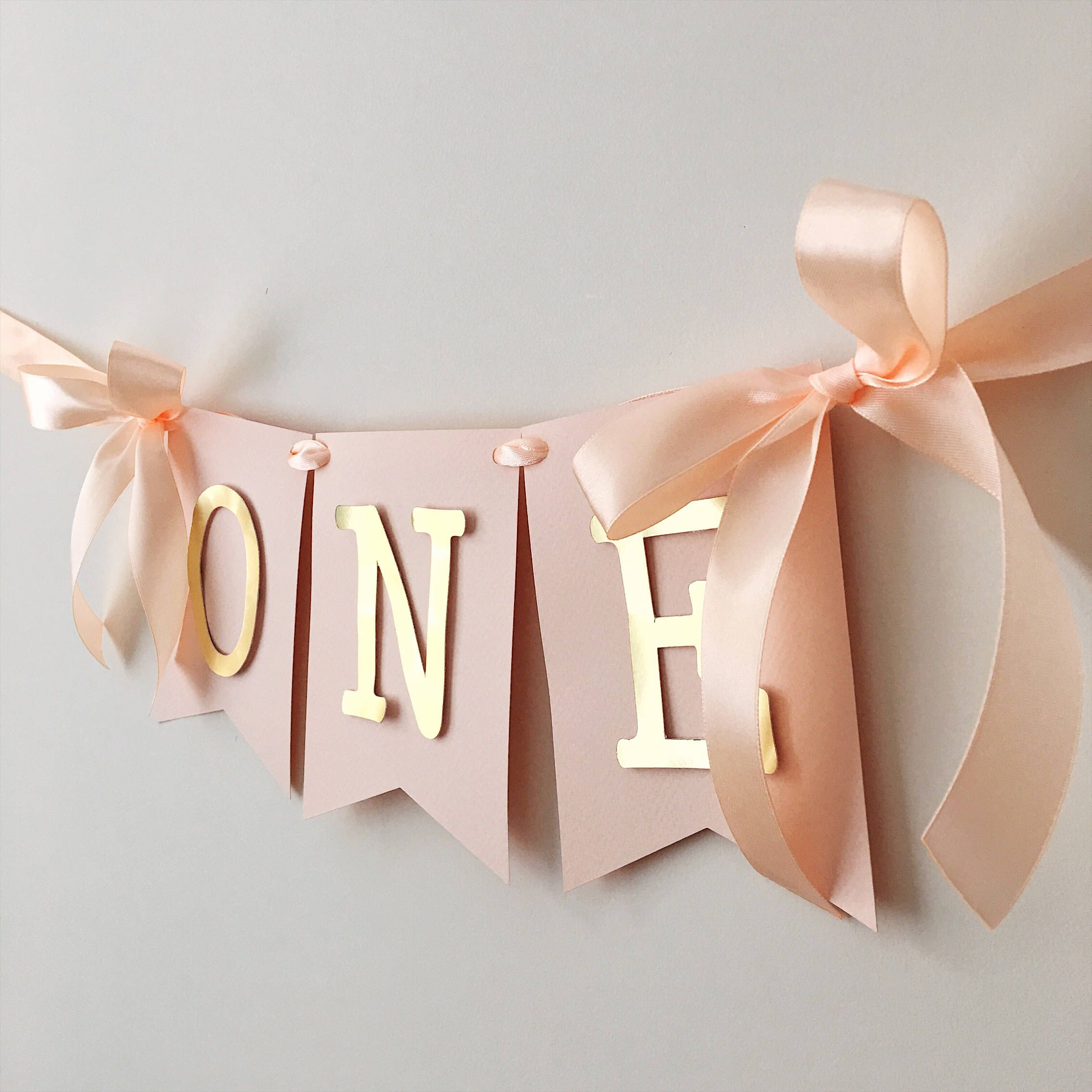 Rose Blush Gold High Chair Banner One High Chair Sign Baby Girl 1 st Birthday Banner Decorations One Year Birthday One Photo Prop