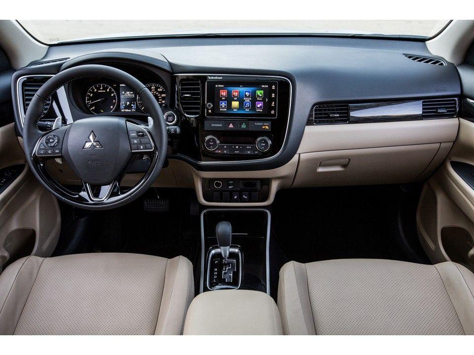 Mitsubishi Outlander Interior In 2020 Mitsubishi Outlander Mitsubishi Outlander Phev