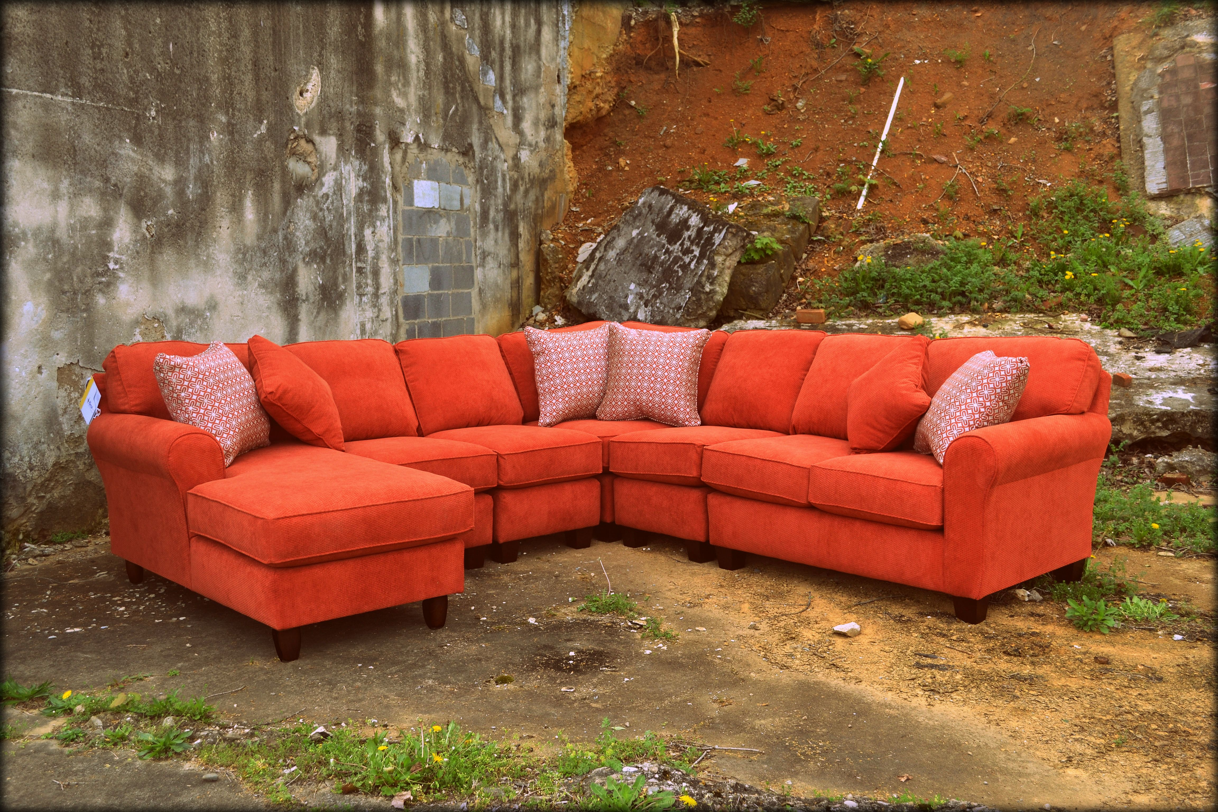 Ordinaire Best Chair Co. Sectional @ Ritchieu0027s Furniture U0026 Appliance In Downtown  Elizabethton Tennessee.
