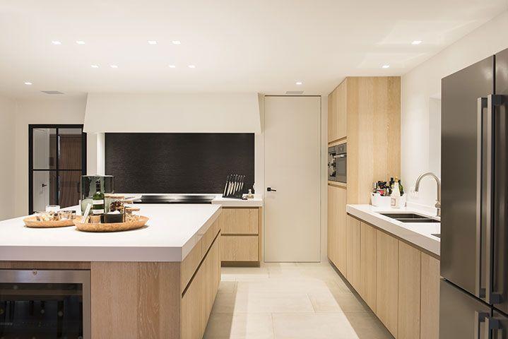 Badkamer Modern Landelijk : Stijlvolle woning te rijmenam keukens uytterhoeven interieur