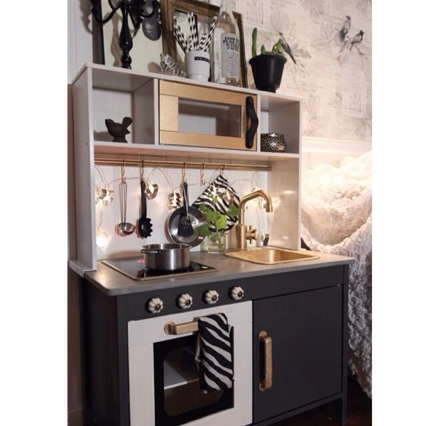 Love the really girly ones i 39 ve seen but this one would - Cocina nina ikea ...