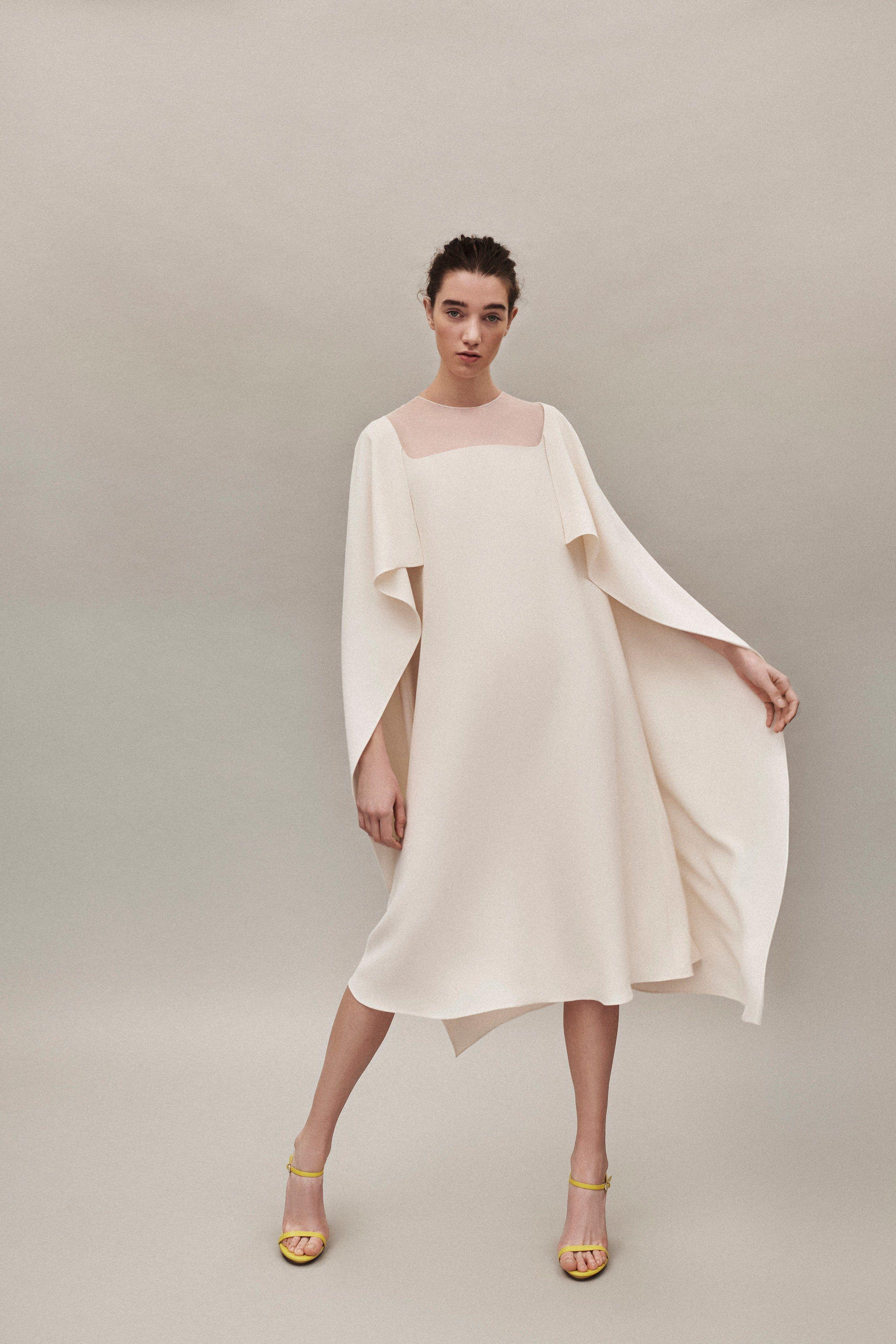 Delpozo Minimalist Dress Clothia Minimalist Fashion Summer Minimalist Dresses Fashion [ 4098 x 2732 Pixel ]