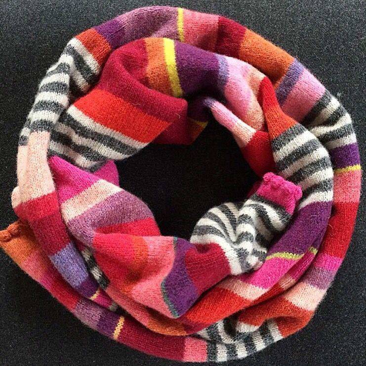 Rødt halstørklæde i 100% supersoft wool | Hanne Rimmen Knitting ...