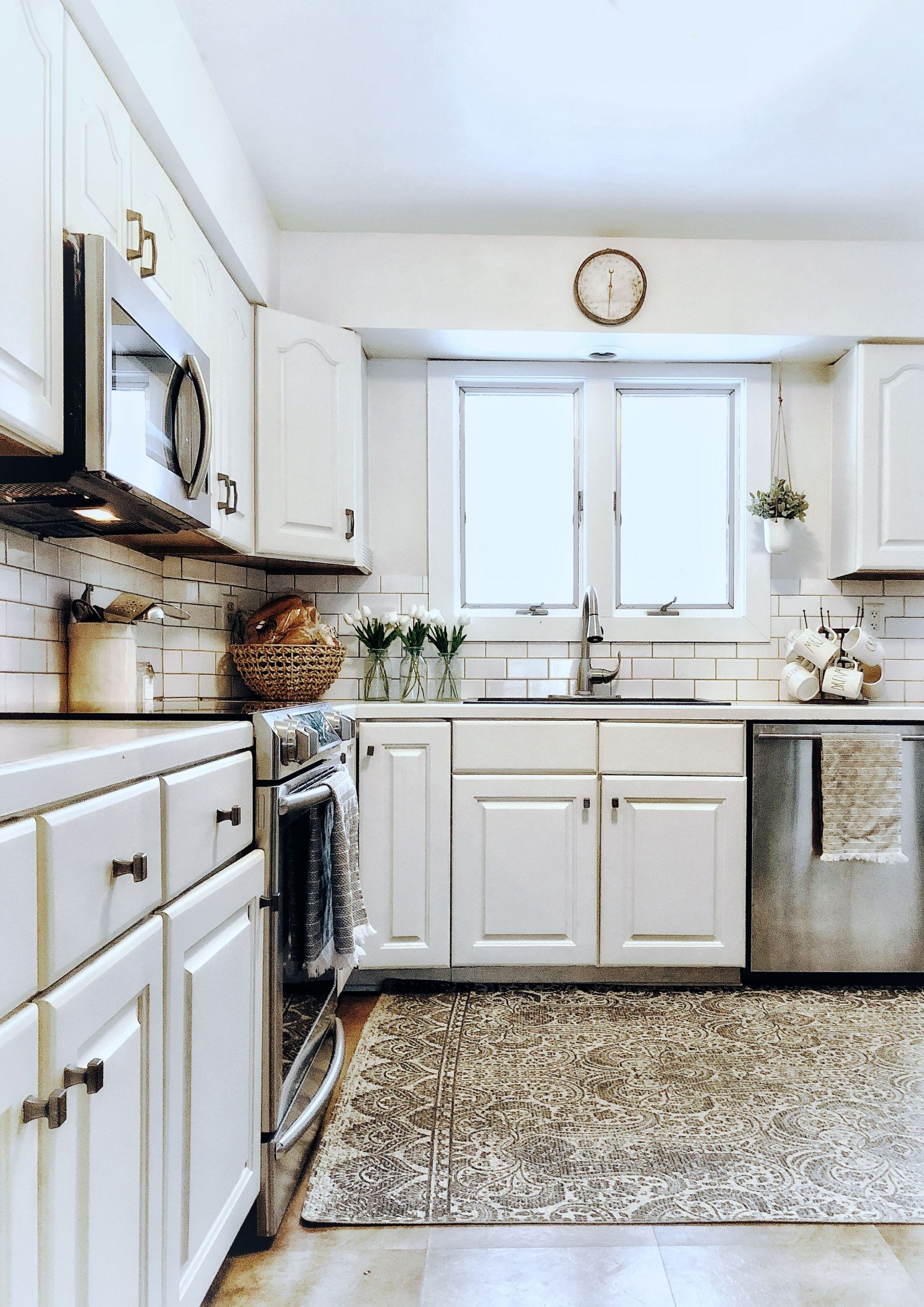 sherwin williams kitchen cabinet paint colors
