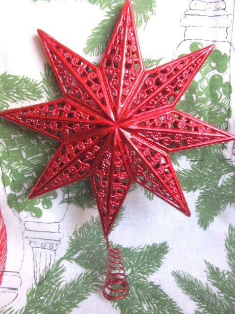 vintage red filigree star christmas tree topper by auntsuesvintage 799