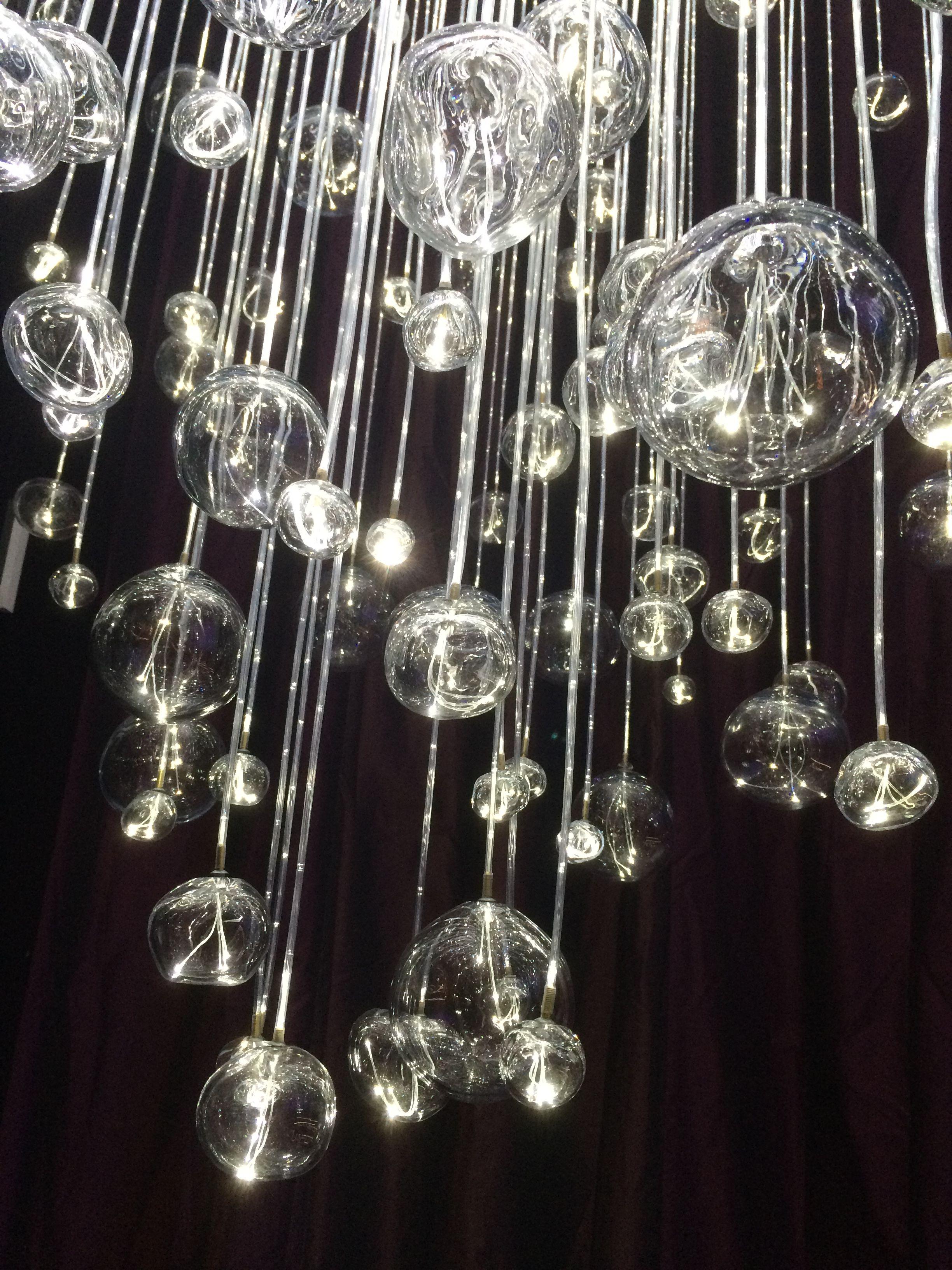 pluie de bulles de verre souffl de murano et fibre optique lustre de fabrication artisanale par. Black Bedroom Furniture Sets. Home Design Ideas