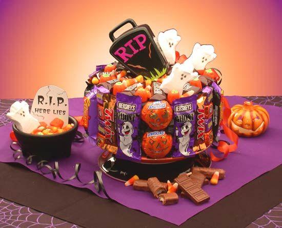 Halloween Gifts Halloween Cake 300x242