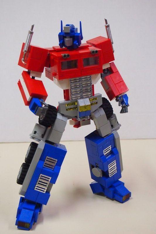 G1 Optimus Prime Optimus Prime In 2020 Lego Design Lego Ideen Lego