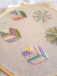 Leaf Embroidery                                                                                                                                                                                 Mehr