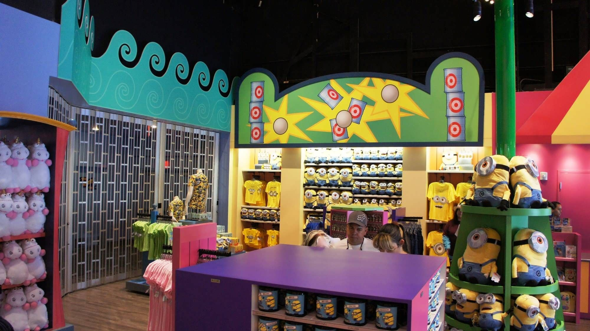 Super Silly Stuff (Despicable Me gift shop) at Universal Studios ...