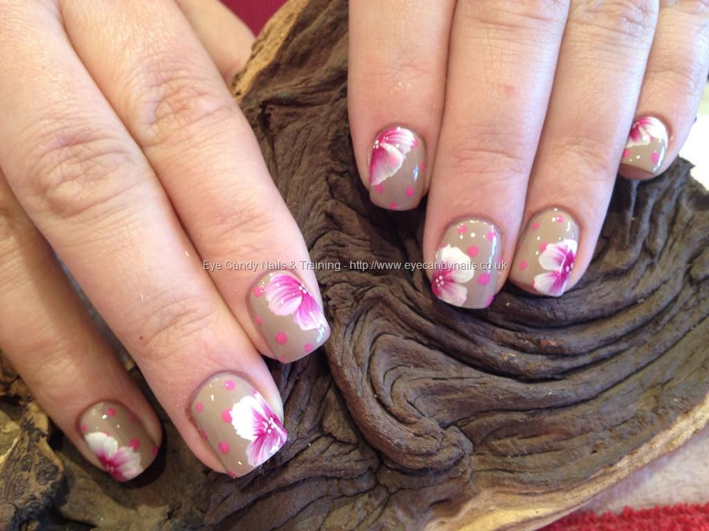 Polka dots and one stroke freehand nail art | Nails | Pinterest ...