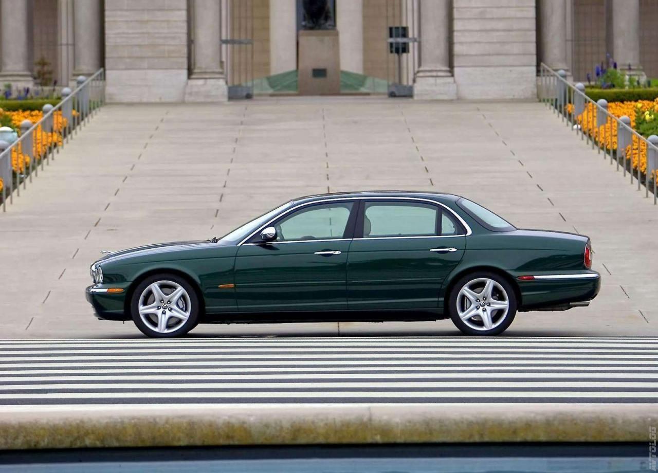 Captivating 2005 Jaguar XJ Super V8