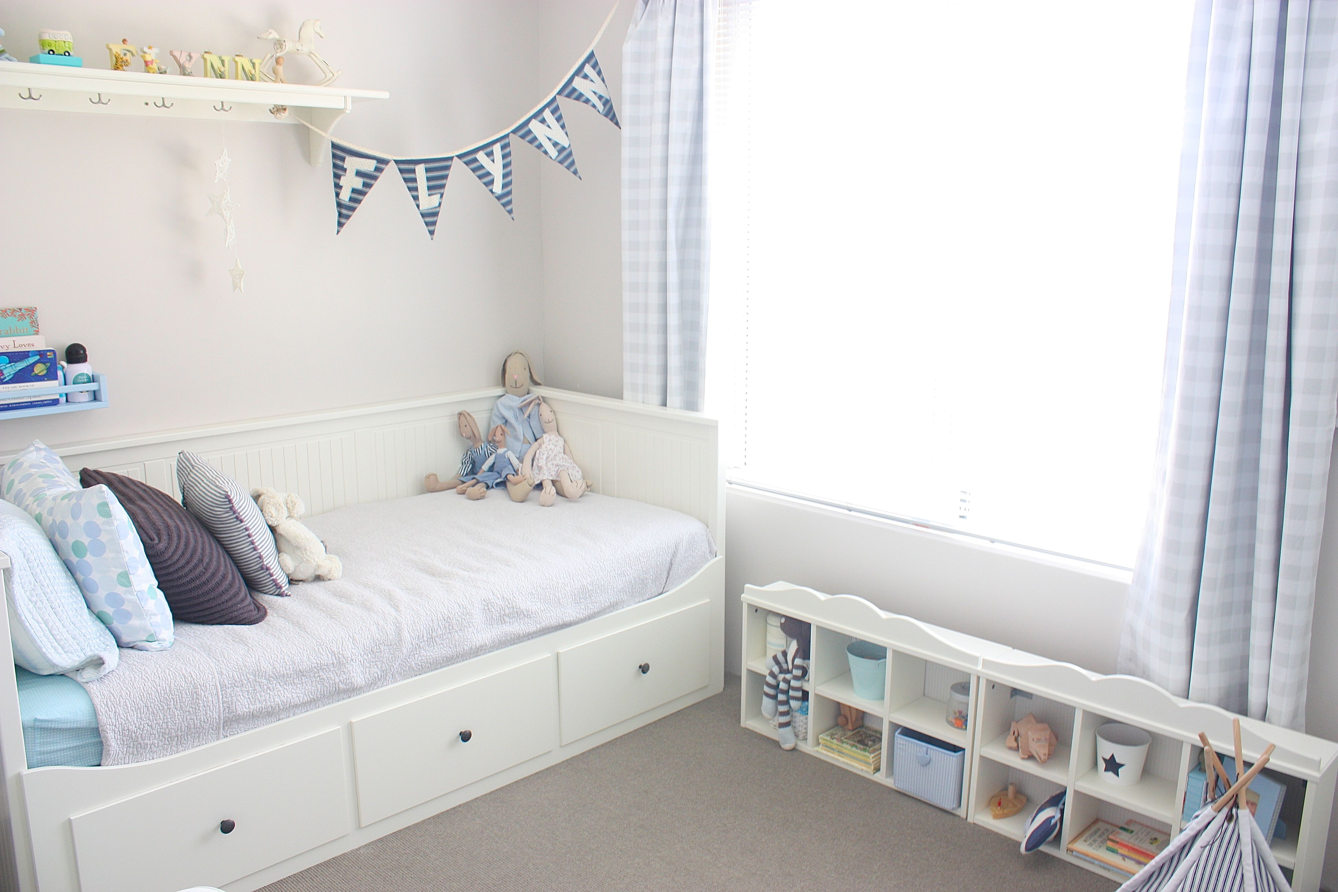ikea shelves hemnes daybed in a boys bedroom my dream home designs pinterest ikea spice rack. Black Bedroom Furniture Sets. Home Design Ideas