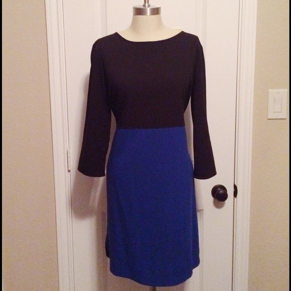 Old Navy Colorblock Dress Old Navy Colorblock Dress in black and blue! Worn once for an event but I'm excellent condition. 62% polyester, 32% rayon, 6% spandex. Old Navy Dresses