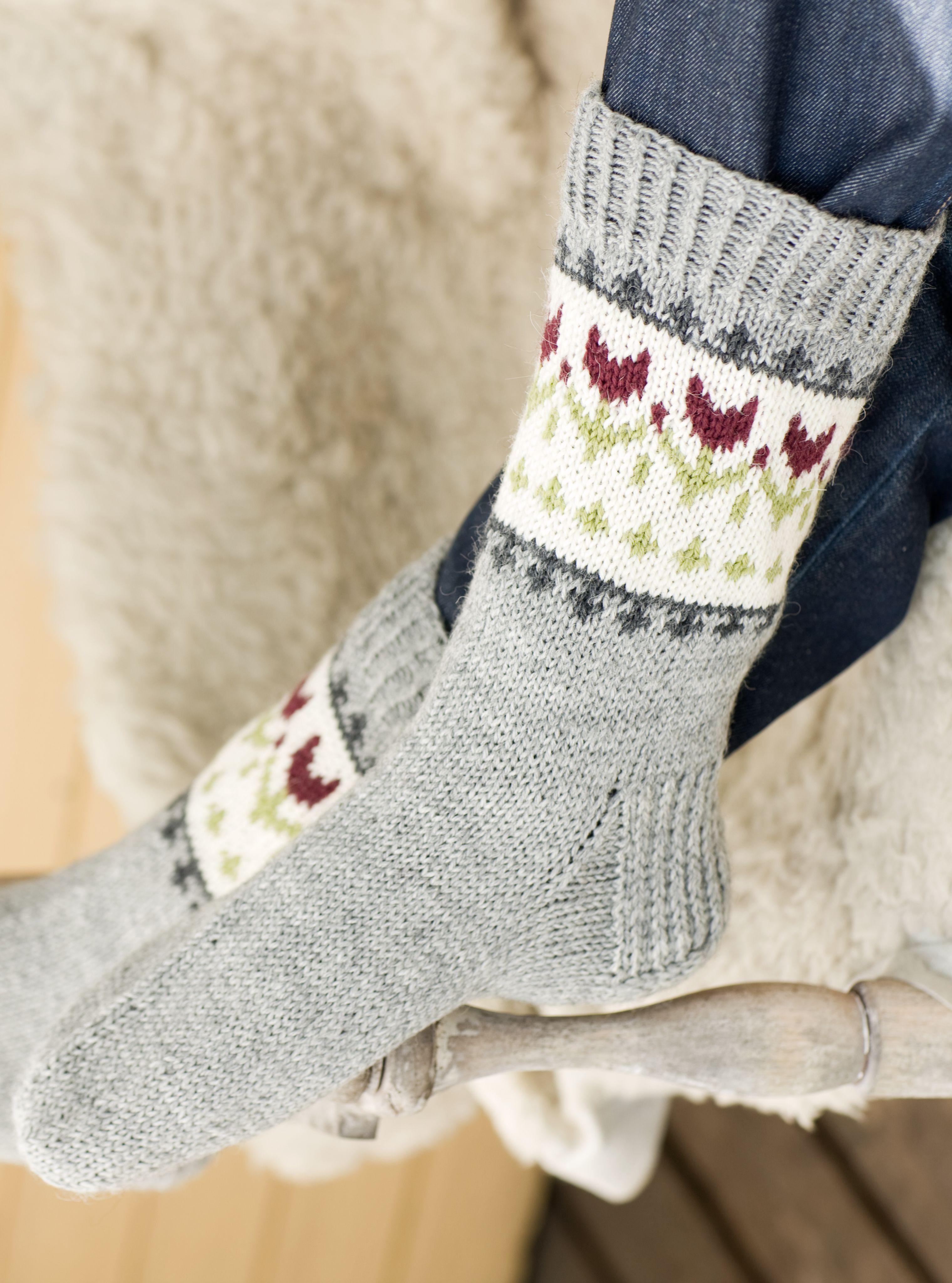 Naisen kirjoneulesukat Novita Nalle | Novita knits | socks and shoes ...