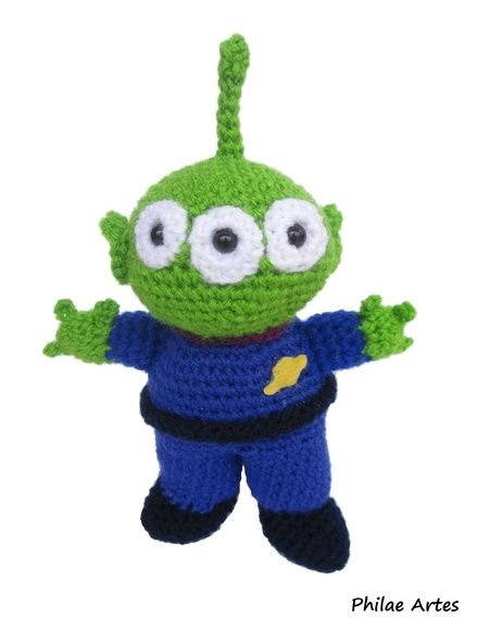 amigurumi alien toy story disney crochet - by Philae Artes ( ET extraterrestre ufo ovni doll craft pattern) free pattern, patron gratis