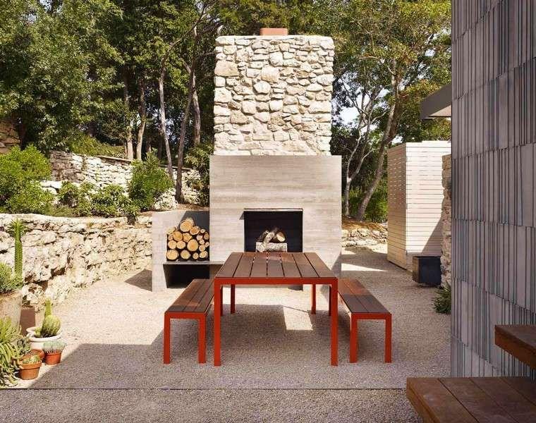Chemin es ext rieures id es pour jardin terrasse et balcon cheminee exterieur pierre deco - Cheminee de terrasse ...