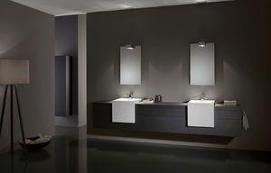 Mueble de lavabo doble suspendido de chapa de madera for Lavabo doble seno con mueble