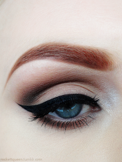 Pin up makeup I wish I had deep eyelids! I could do so much more with my makeup!