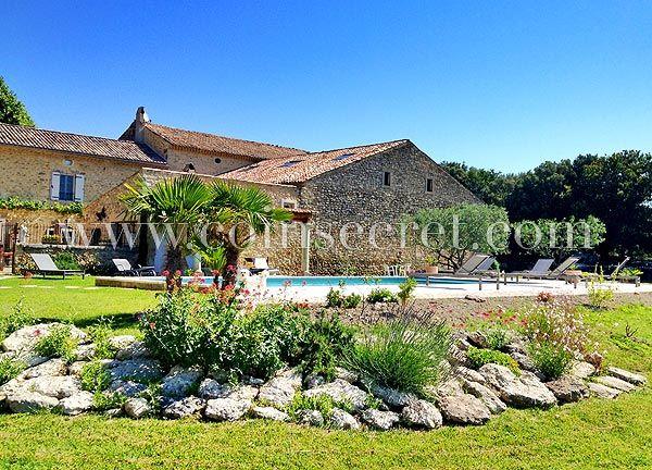 Location du0027un mas provençal à Montségur-sur-Lauzon près de Grignan - location vacances provence avec piscine