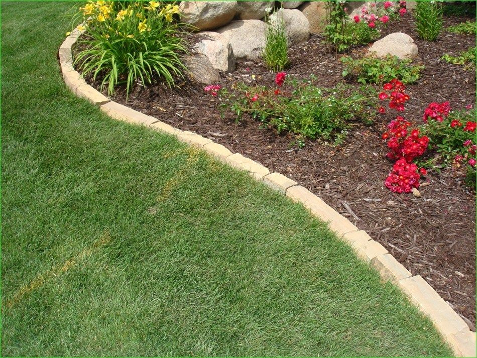 Inexpensive Garden Edging And Borders Design Decor Renewal Landscaping With Boulders Landscaping With Rocks Landscape Edging