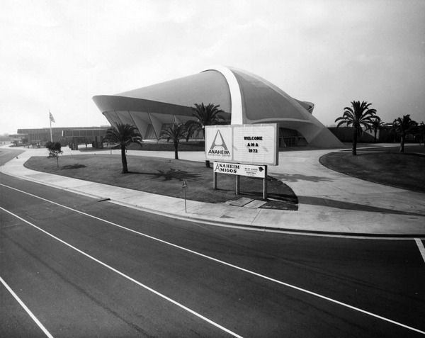 Disneyland Close Historic Calif Bungalow 9: When Anaheim's Flying-Saucer Arena Touched Down Near