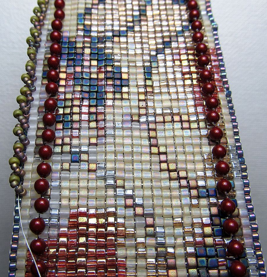 I am looming daily working on some great new ideas for the book and beads beading beaded with erin simonetti june 2011 baditri Images