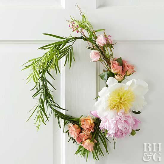 Photo of 33 Gorgeous Spring Wreath Ideas to Brighten Up Your Front Door
