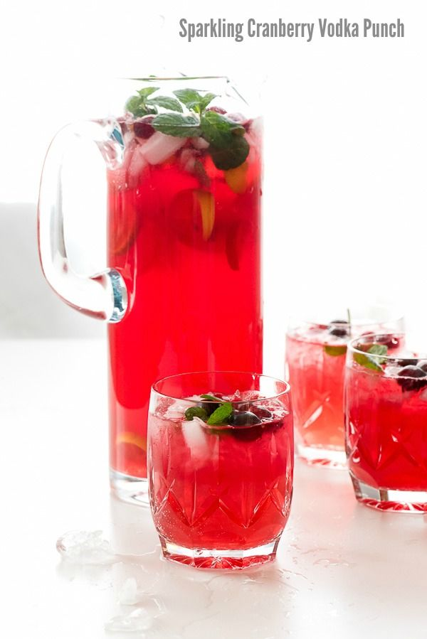 Sparkling Cranberry Vodka Punch A Perfect Easy Cocktail Punch Recipe For Holiday Meals And Entertaining Vodka Punch Recipe Cranberry Vodka Punch Vodka Punch