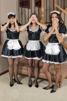 lesbian maids Kissing french