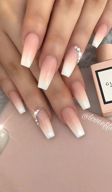 30 Perfect Coffin Acrylic Nails Designs To Sport This Season In 2020 Acrylic Nails Coffin Acrylic Nails Acrylic Nail Designs