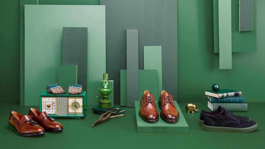 Mr B Gentleman's Boutique Photography : Joseph Saraceno Set Design : Oliver Stenberg