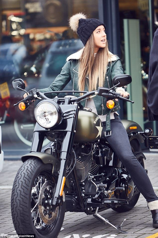 Smitten Peter Andre and wife Emily shop for motorb