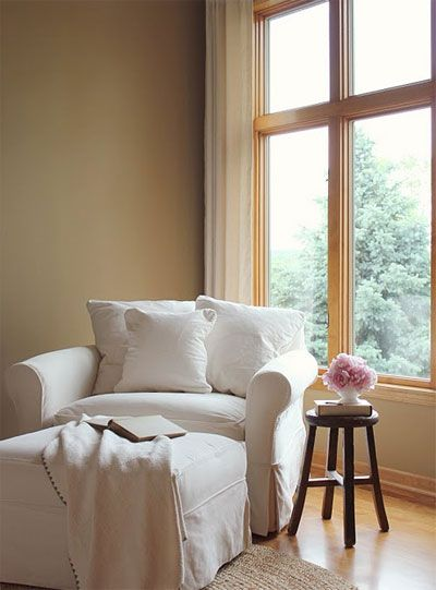 would love a cozy chair like this great reading nook – Great Reading Chairs