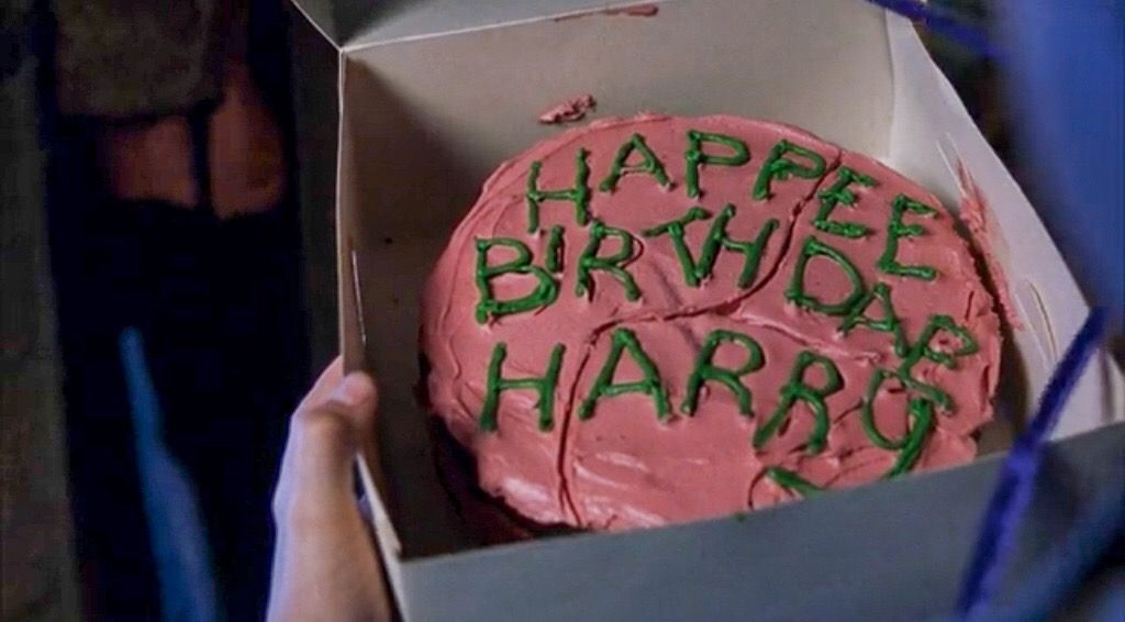 Harry Potter And The Sorcerer S Stone Harry S Birthday Cake From Hagrid Harry Potter Birthday Cake Harry Potter Food Harry Potter Cake