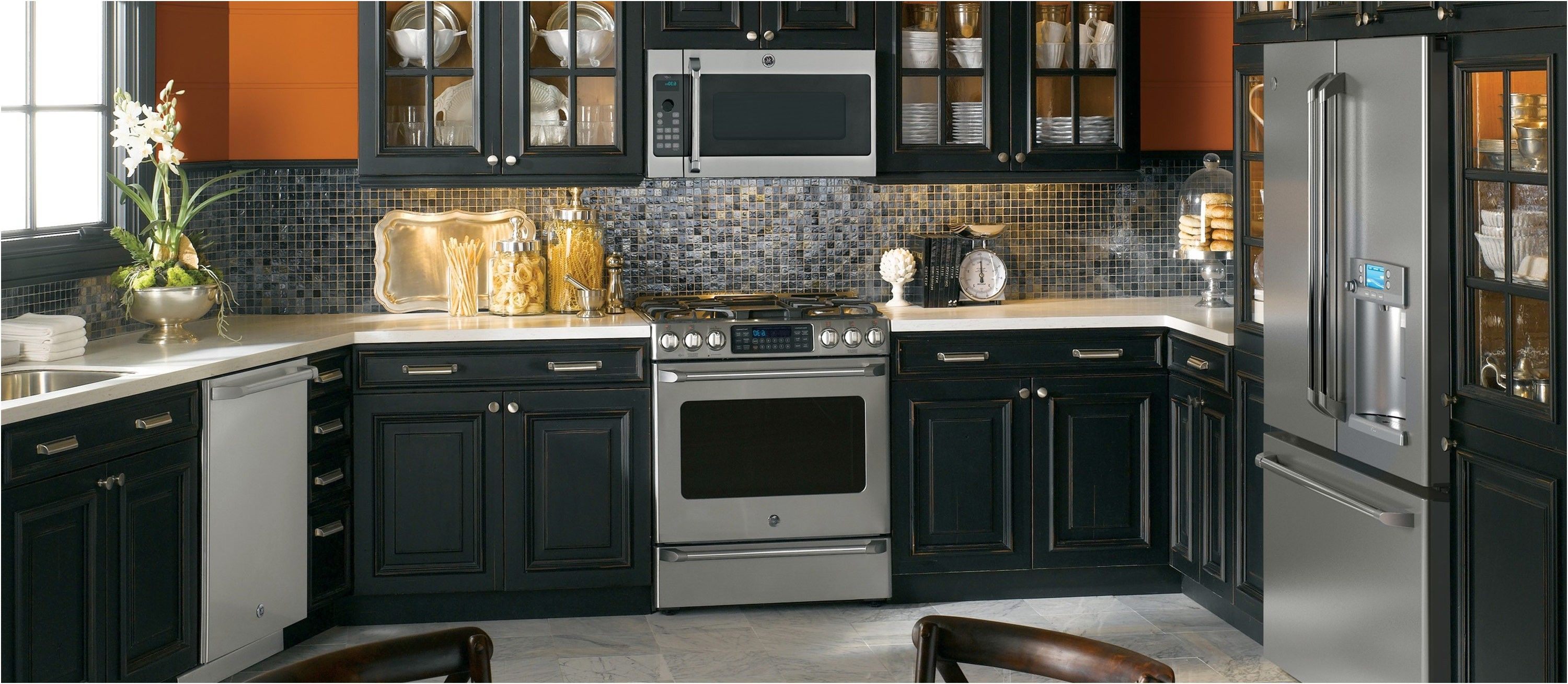 Unique Kitchen Cabinet Colors With Stainless Steel Appliances