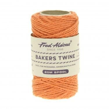Bakers Twines are manufactured in 100% natural soft cotton. Bakers twines are manufactured in a wide range of nostalgic colourful colourways. 20 metres per spool.