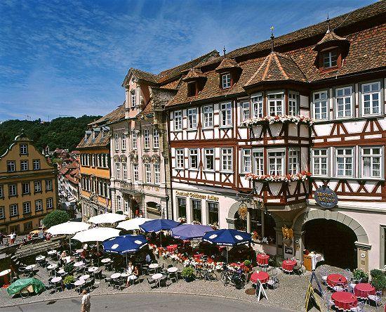 Das Foto Schwäbisch Hall, Marktplatz wurde in Deutschland, Schwäbisch Hall aufgenommen und hat folgende Stichwörter: Marktplatz,  Schwäbisch Hall.