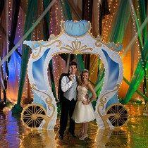 Fairytale Gold Carriage Entrance