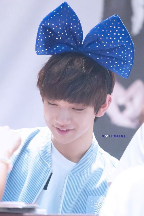 Incheon Fansign Event (7-25-15) #Joshua #bow