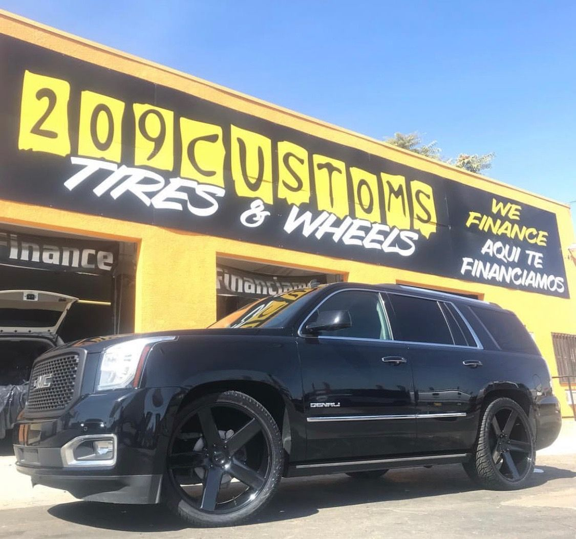 Black Yukon Denali 5 Spoke Custom Wheels Buick Gmc Yukon Denali