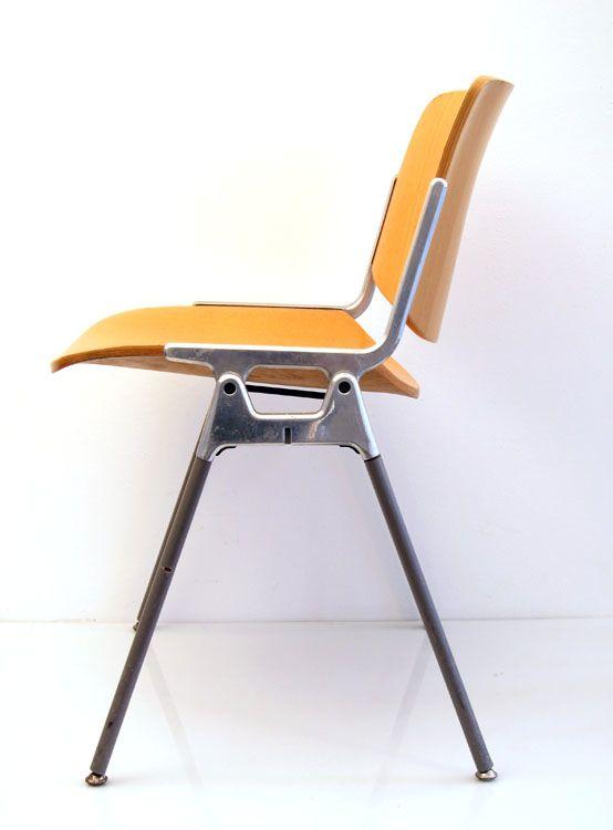 Castelli vintage plywood chair designed by Giancarlo Piretti - designer mobel timothy schreiber stil
